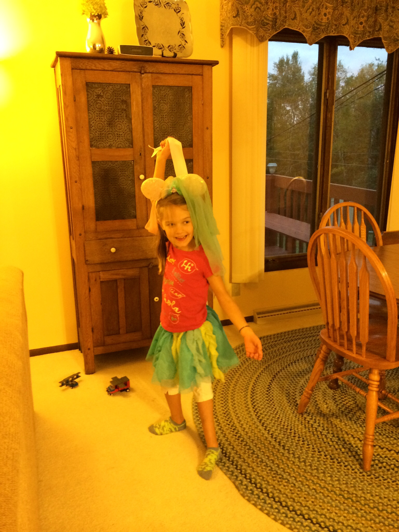 She loves to dance: gets that from my sister maybe or at least some other relative.  Definitely not from this chick.